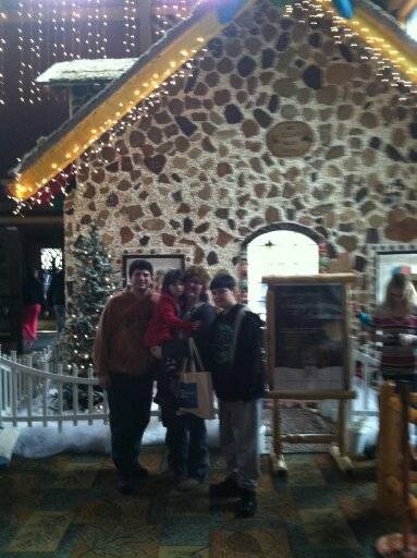 Great Wolf Lodge Poconos Snowland