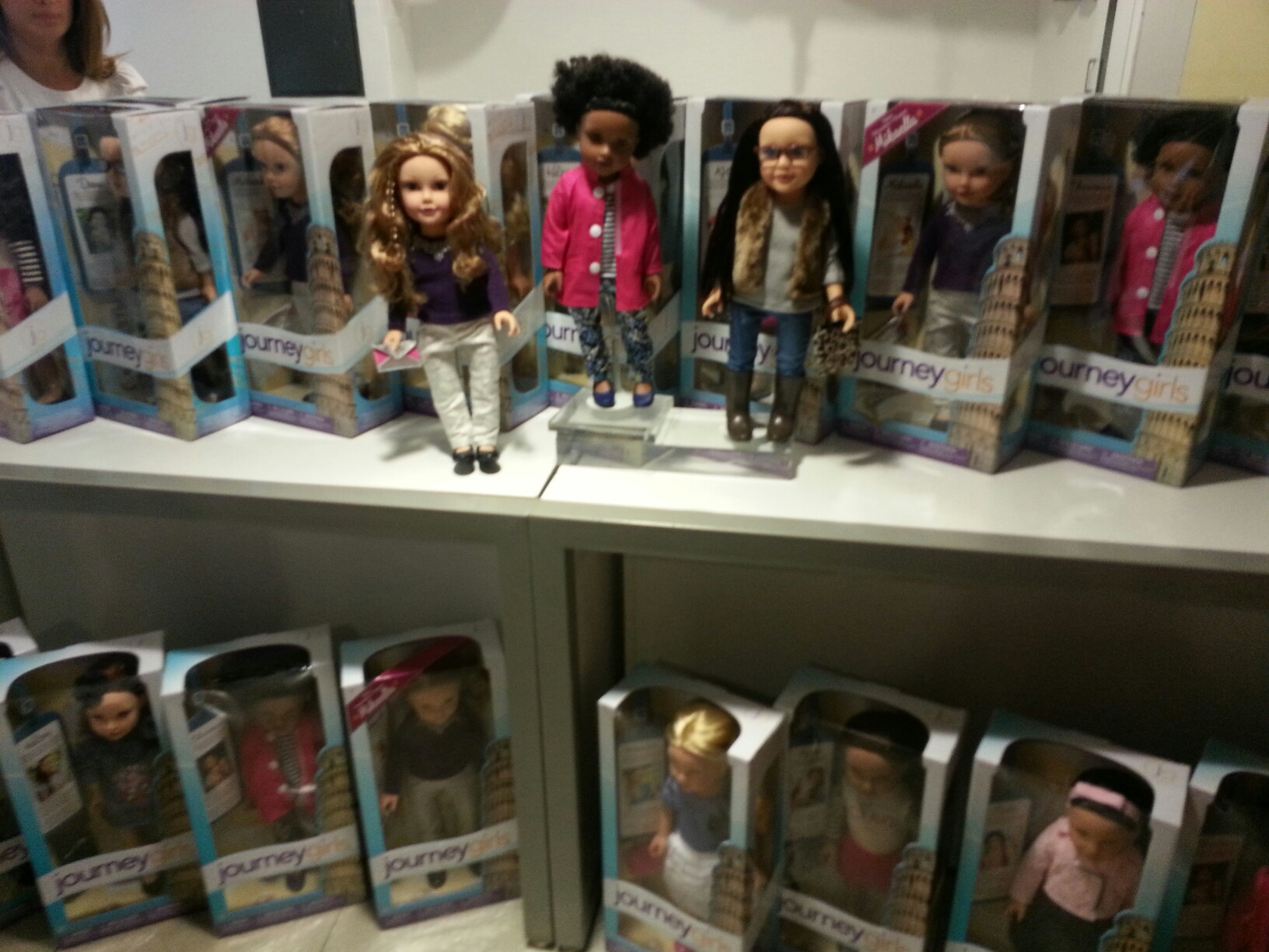Toys R Us Journey Girls : Celebrate 5 years of journey girls as they travel to italy! @toysrus