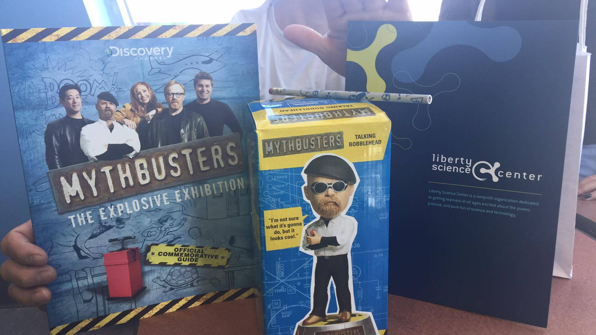 H e buddy prizes for students